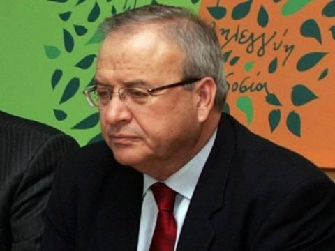 Γρηγοράκος: Οι διαγραφέντες να παραδώσουν την έδρα τους