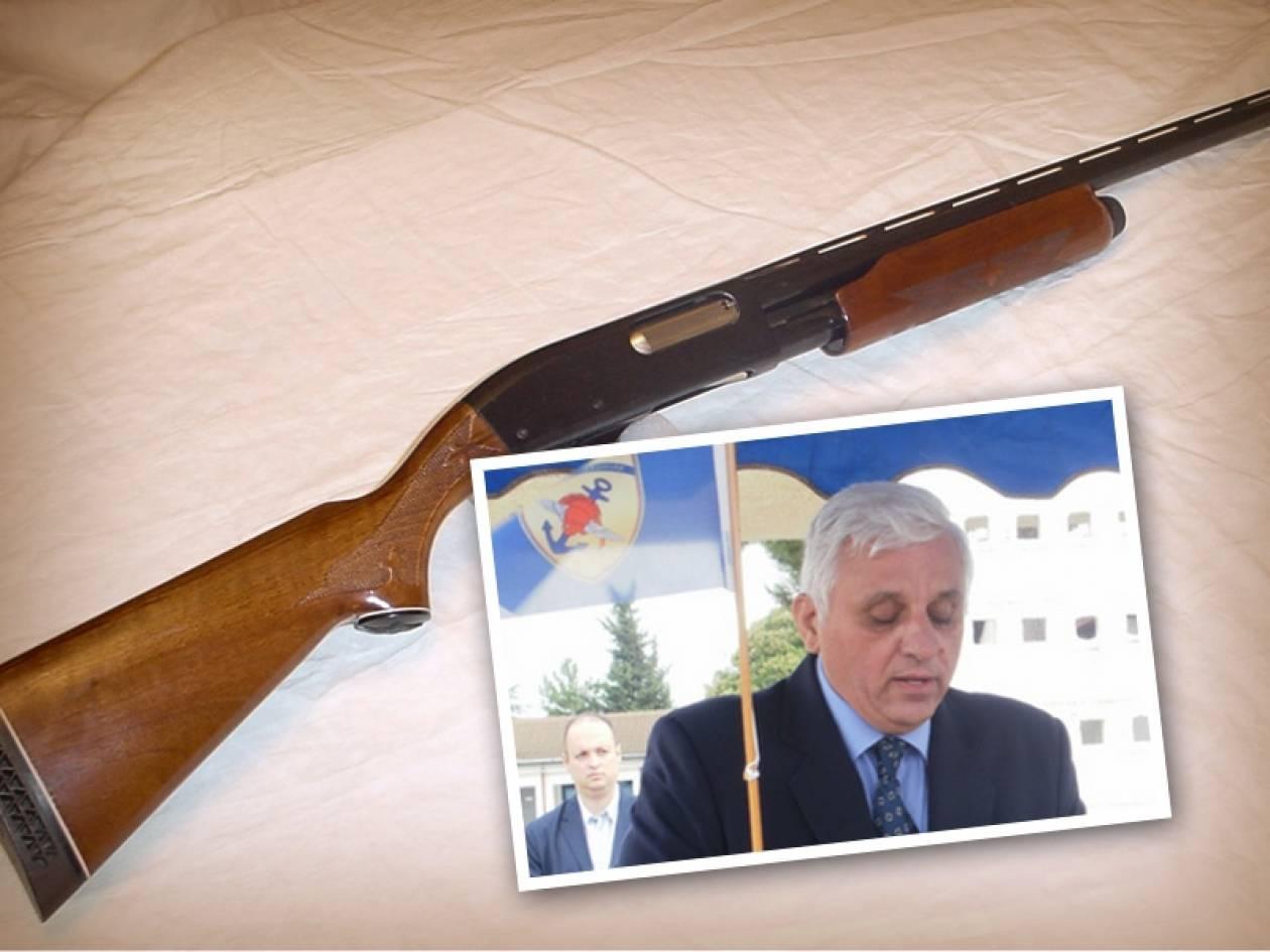 Αυτοκτόνησε ο αδελφός του υφυπουργού Εθνικής Άμυνας Π. Καράμπελα