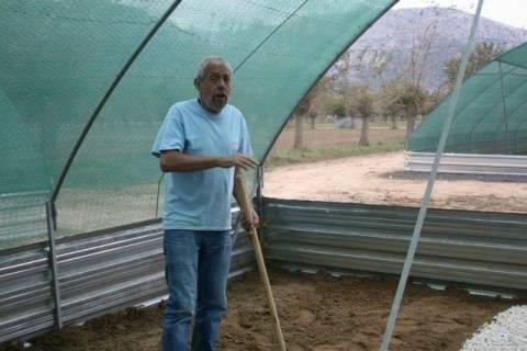 Θεόδωρος Κασσίμης: Από τη Βουλή στην παραγωγή σαλιγκαριών