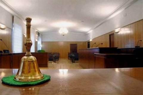 Για λεηλασία κάνουν λόγο οι δικαστές - Παράταση αποχής