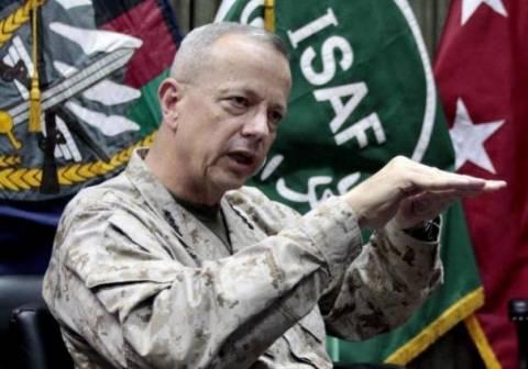 Ο Ομπάμα στηρίζει τον «άτακτο» στρατηγό