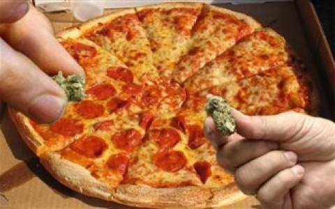 Απίστευτο! 'Εκλεψε «ντελιβερά» για να φάει τις πίτσες