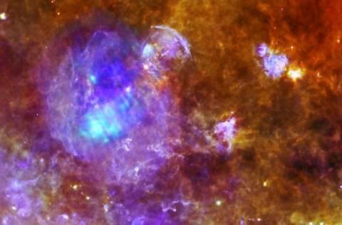 NASA: Ο «μωβ θάνατος» ενός αστεριού