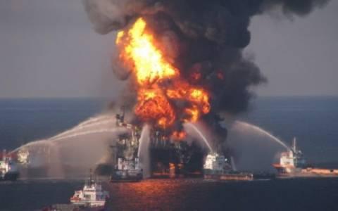 Φονική έκρηξη σε πλατφόρμα άντλησης πετρελαίου