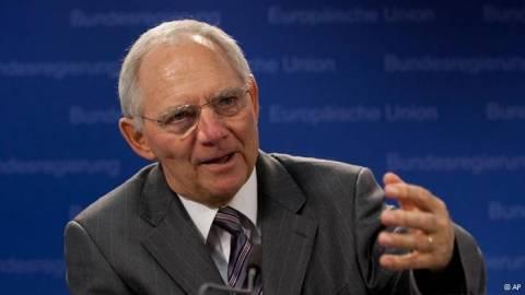 Σόιμπλε: «Θα βρούμε λύση για την Ελλάδα μέχρι την Τρίτη»