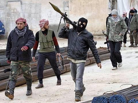 Συρία: Αντάρτες κατέλαβαν στρατιωτική βάση κοντά στη Δαμασκό