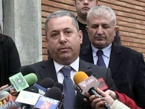 Οι Τσάμηδες ζητούν την  απομάκρυνση Ελληνικής καταγωγής υπουργού...