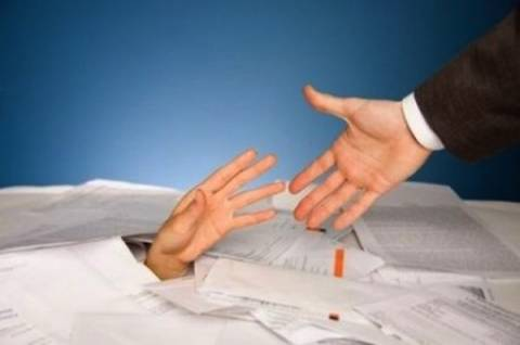 Αδικαιολόγητη η επιβολή πρόσθετων επιβαρύνσεων από τις τράπεζες