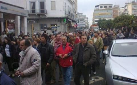 Λαμία: Πορεία εργαζομένων του Δήμου με τα απορριμματοφόρα