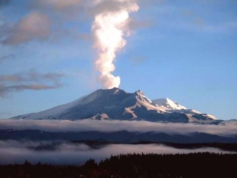 Ενεργοποιείται το ηφαίστειο Τονγκαρίρο στη Νέα Ζηλανδία