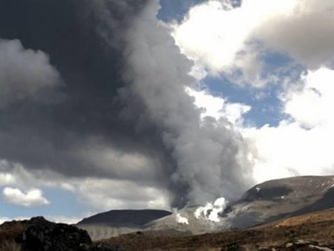 Βίντεο: Ηφαιστειακή τέφρα καλύπτει τη Νέα Ζηλανδία