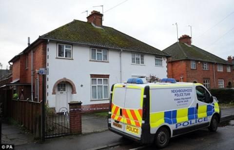 Μυστηριώδης θάνατος για ηλικιωμένο ζευγάρι στην Αγγλία