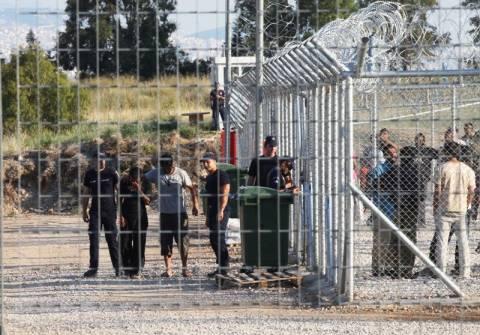 Σε αναβρασμό η Περιφέρεια ΑΜΘ για τα Κέντρα Λαθρομεταναστών
