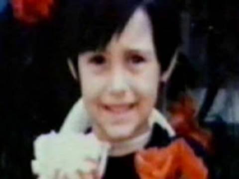 Ποιός ηθοποιός από τα Φιλαράκια είναι αυτός ο μικρός;