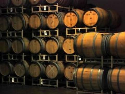 Ηλεία: Δεν φαντάζεστε τι έκρυβε αντί για κρασί στα βαρέλια!