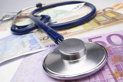 FT: Η συμφωνία είναι μία «μηχανική υποστήριξη στον Έλληνα ασθενή»