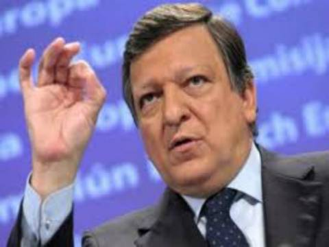 Μπαρόζο: Θα κάνουμε τα πάντα για να κρατήσουμε την Ελλάδα στο ευρώ