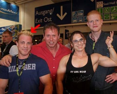 H γυναίκα bodybuilder που σοκάρει με την εμφάνισή της (pics)