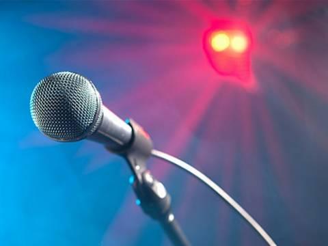 Tραγουδιστές πληρώνουν στα Ταμεία λιγότερα και από... οικοδόμους