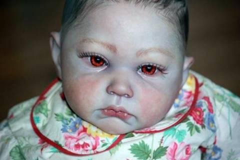 Μωρά... βρυκόλακες που σοκάρουν! (pics)
