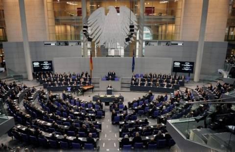 Η Γερμανία άναψε το «πράσινο φως» για την επόμενη δόση