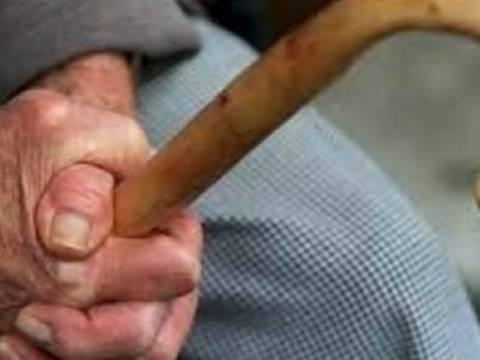 Εύβοια: Εγγόνια λήστεψαν τον παππού τους
