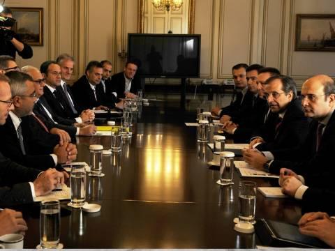 «Κονέ» με πολυεθνικές και αφήνουν να κλείσουν οι ελληνικές εταιρείες!