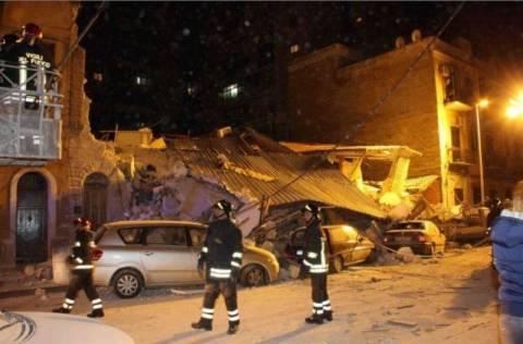 Ιταλία: Νεκροί 3 άνθρωποι στα συντρίμμια πολυκατοικιών