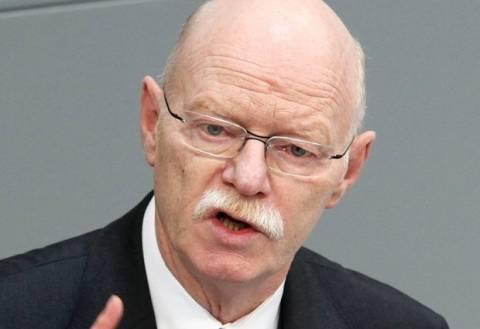 Απεβίωσε ο πρώην υπουργός Άμυνας της Γερμανίας