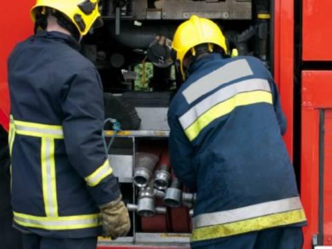 Πανικός στο Ρέντη λόγω φωτιάς σε μονοκατοικία