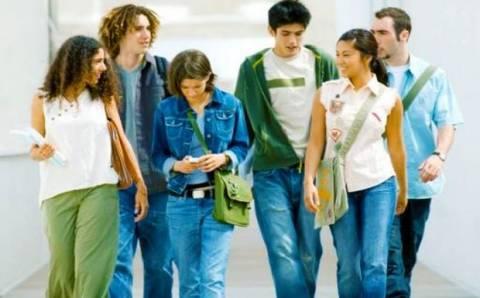 Εκατοντάδες φοιτητές εγκαταλείπουν τις σπουδές τους λόγω κρίσης