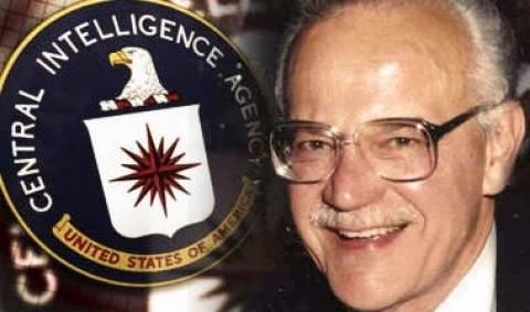 Gust Avrakotos: Ο Ελληνοαμερικανός θρυλικός πράκτορας της CIA