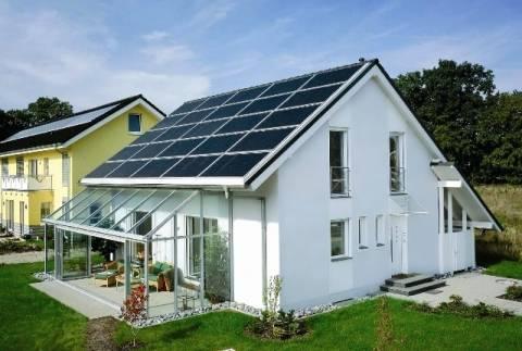 Hellastat: Σημαντική ανάπτυξη του τομέα των φωτοβολταϊκών το 2011