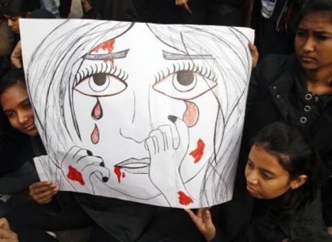 Ο πατέρας της Ινδής φοιτήτριας ζητά τον απαγχονισμό των δραστών
