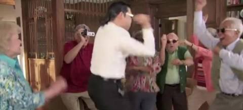 Βίντεο: O Psy κάνει μαθήματα Gangnam Style σε... ηλικιωμένους!