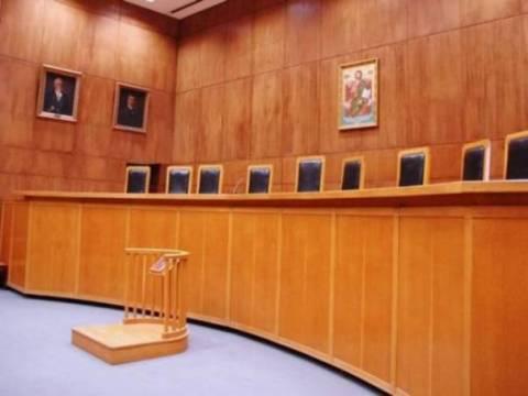 Tροπολογία για καταβολή αναδρομικών σε δικαστικούς ύψους 100 εκατ.ευρώ