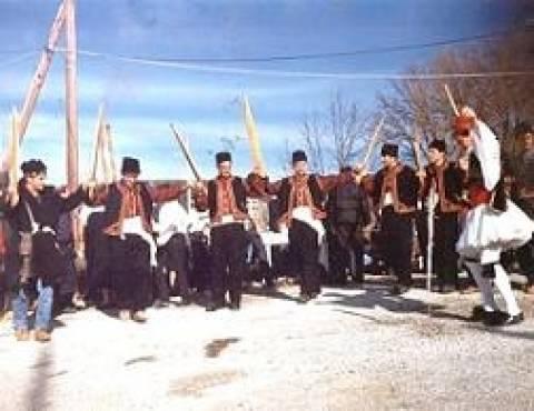 Οι «Φωταράδες» στο Παλαιόκαστρο της Χαλκιδικής