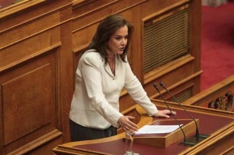 Ερώτηση Μπακογιάννη σε Στουρνάρα για τον ΕΦΚ στα καύσιμα