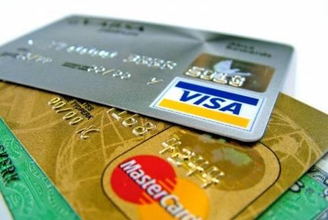 ΙΝΚΑ: Αντιδράσεις για χρήση πιστωτικών καρτών για πάνω από 500 ευρώ