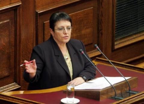Παπαρήγα: Ο αγώνας δεν μπορεί να μετρηθεί στη Βουλή