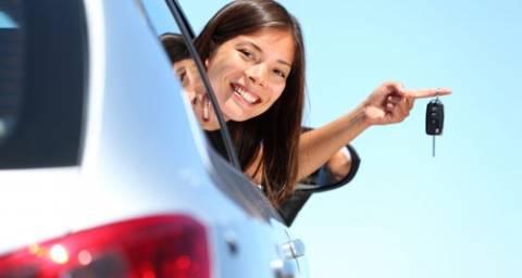 Ακριβότερα και δυσκολότερα τα διπλώματα οδήγησης το 2013