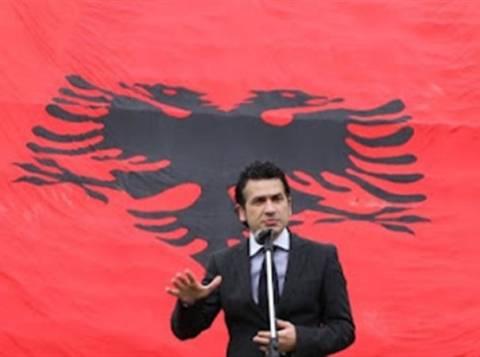 Δημοψήφισμα για ενοποίηση της Αλβανίας-Κoσόβου ζητούν οι εθνικιστές