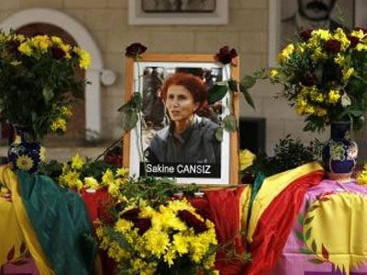 Με πολλές σφαίρες στο κεφάλι εκτελέστηκαν οι τρεις ακτιβίστριες