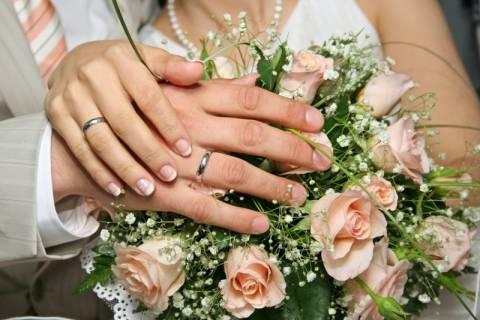 Έρευνα: Ο γάμος φέρνει μακροζωία