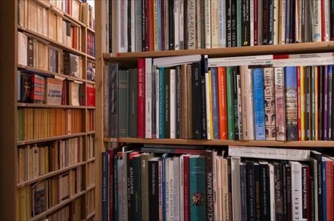 BiblioTech: Ετοιμάζεται η πρώτη ψηφιακή βιβλιοθήκη