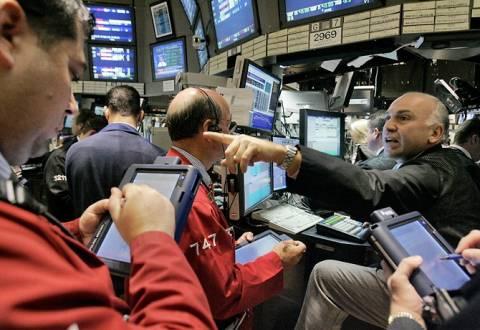 Στα υψηλά πενταετίας έκλεισε η Wall Street