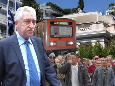Τριγμούς στην κυβέρνηση προκαλεί η επίταξη των απεργών του Μετρό