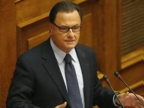 Π. Παναγιωτόπουλος: Η κυβέρνηση θέλει να προστατεύσει το σύνολο