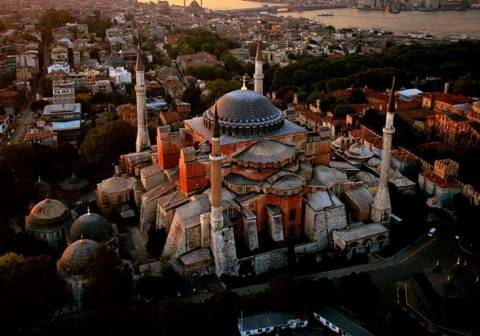 Τούρκοι βουλευτές συμφωνούν να γίνει τζαμί η Αγία Σοφία