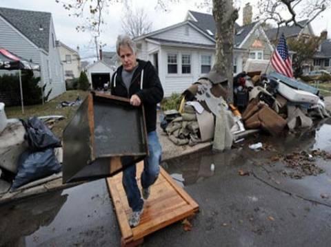 ΗΠΑ: Η Γερουσία ενέκρινε οικονομική βοήθεια για τα θύματα του Σάντι